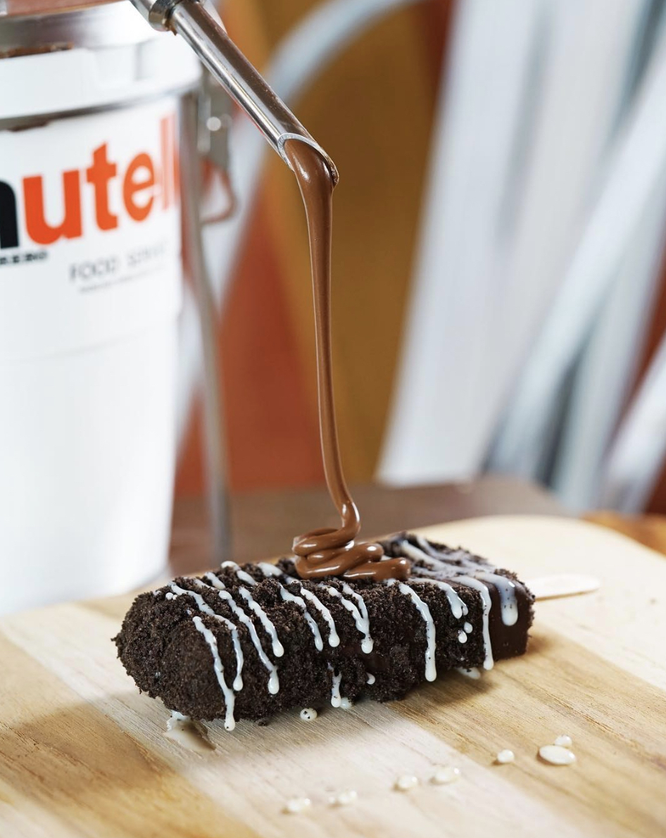 Enhance the taste & Drizzle Nutella on any pop!