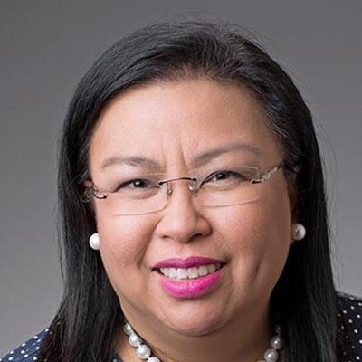 Elizabeth Dang MD