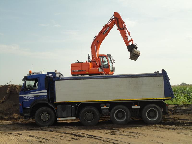 Broekhoven Containerverhuur & Transport Van