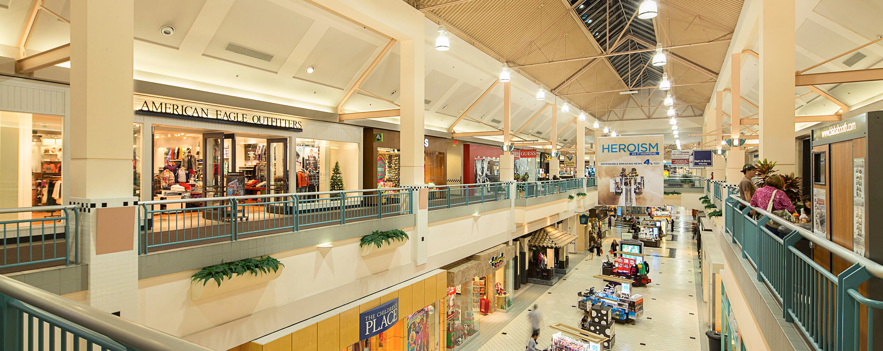 Galleria at tyler shopping centers malls riverside for Jewelry stores westheimer houston tx