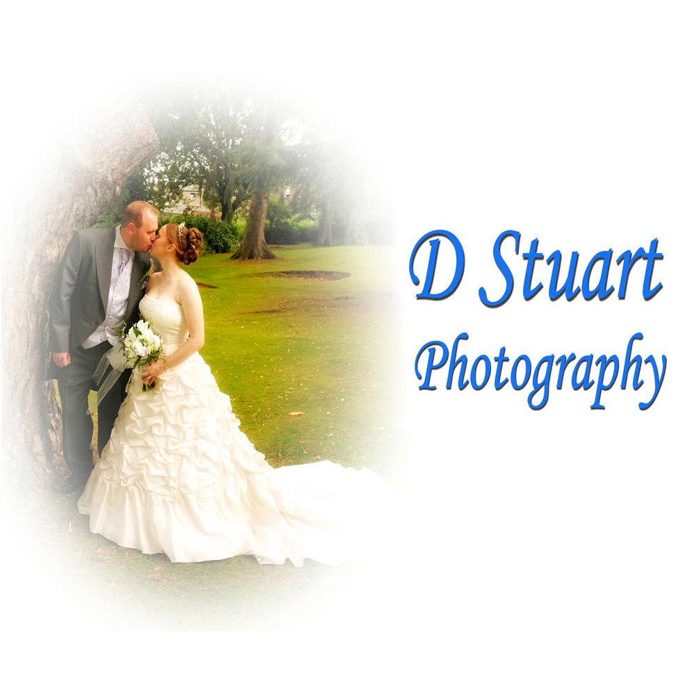 D Stuart Photography Logo