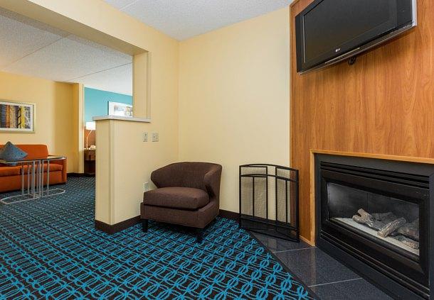Fairfield Inn Suites By Marriott Des Moines West Coupons West Des Moines Ia Near Me 8coupons