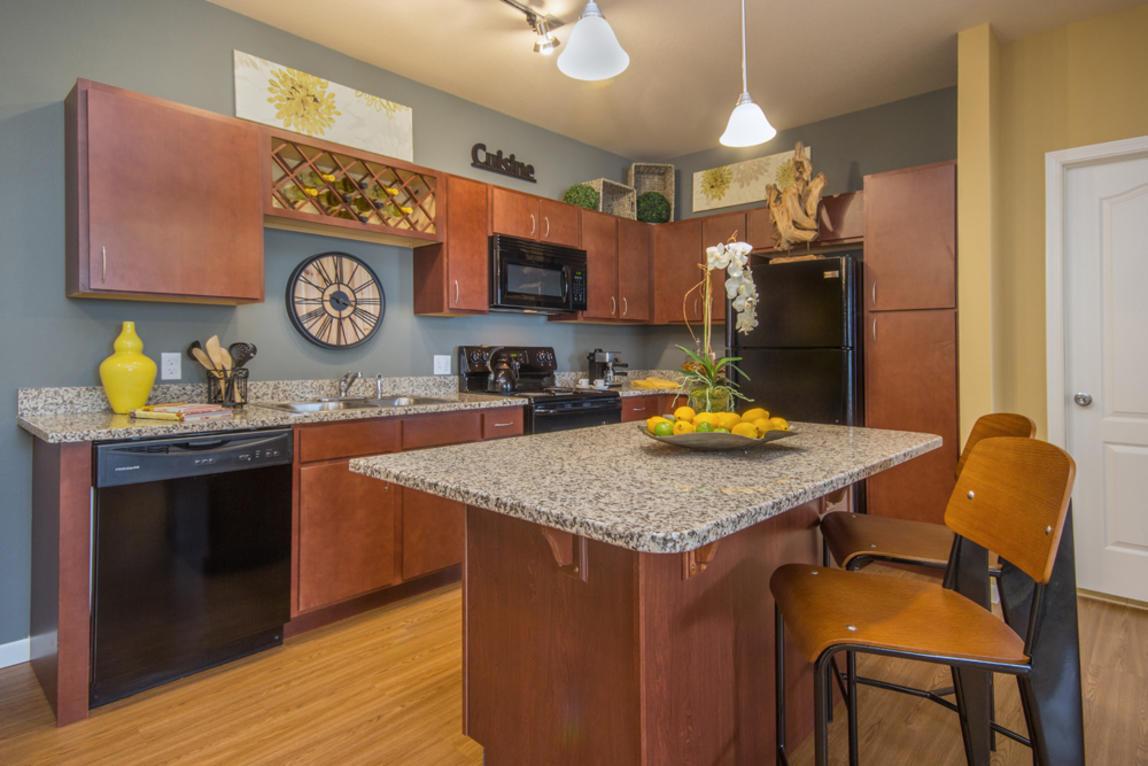 Enclave at 127th Apartments - Plainfield, IL 60585 - (815)873-6138 | ShowMeLocal.com