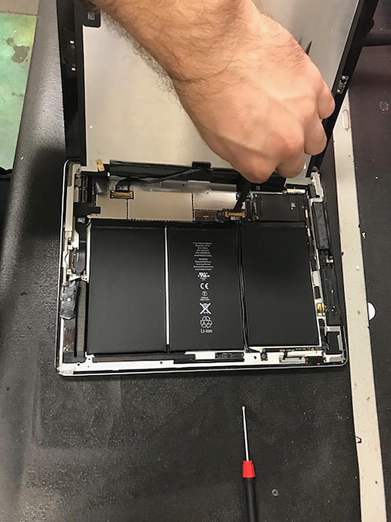 CPR Cell Phone Repair Baton Rouge Towne Center