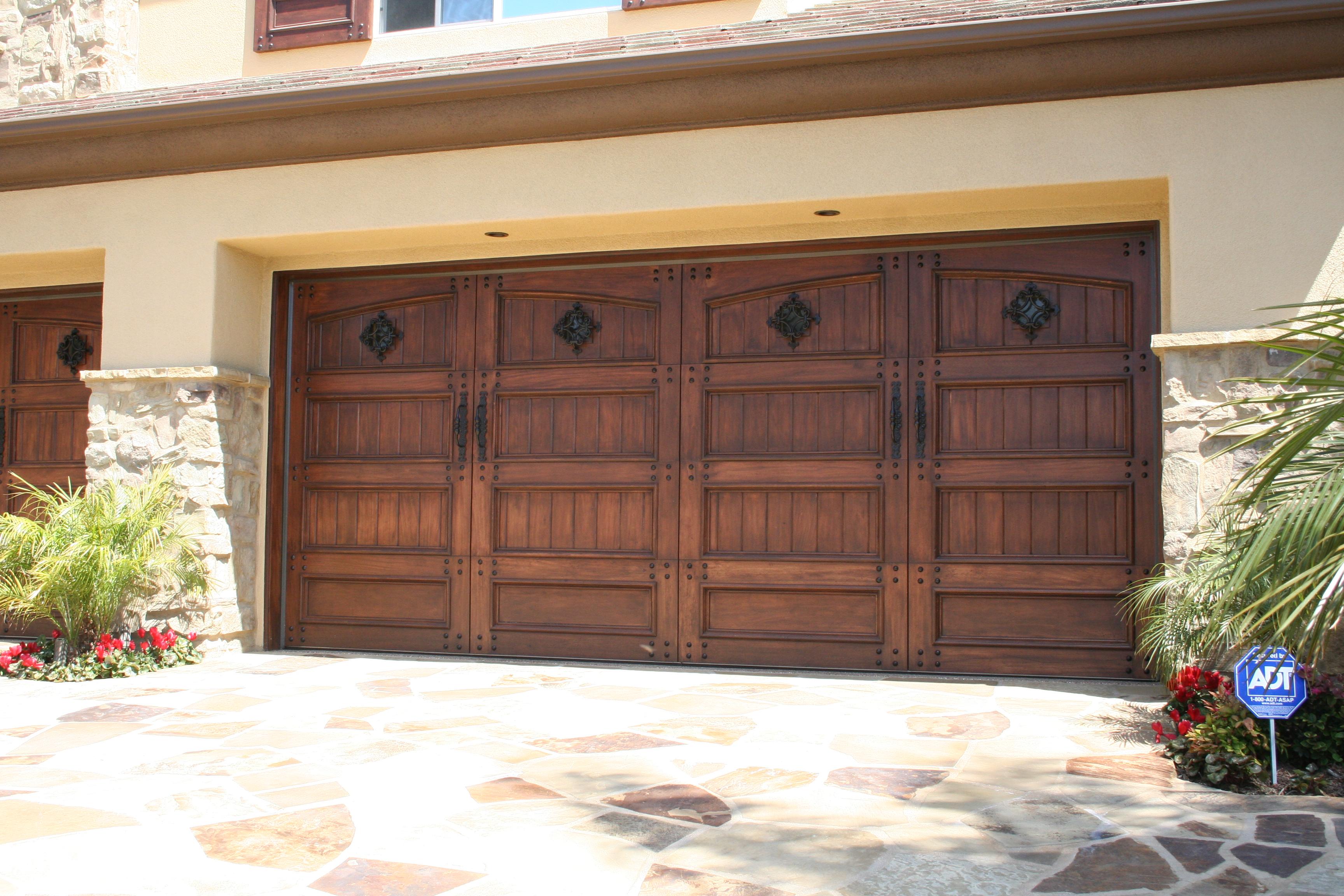 Tem garage door services temecula california ca for Evergreen garage doors and service