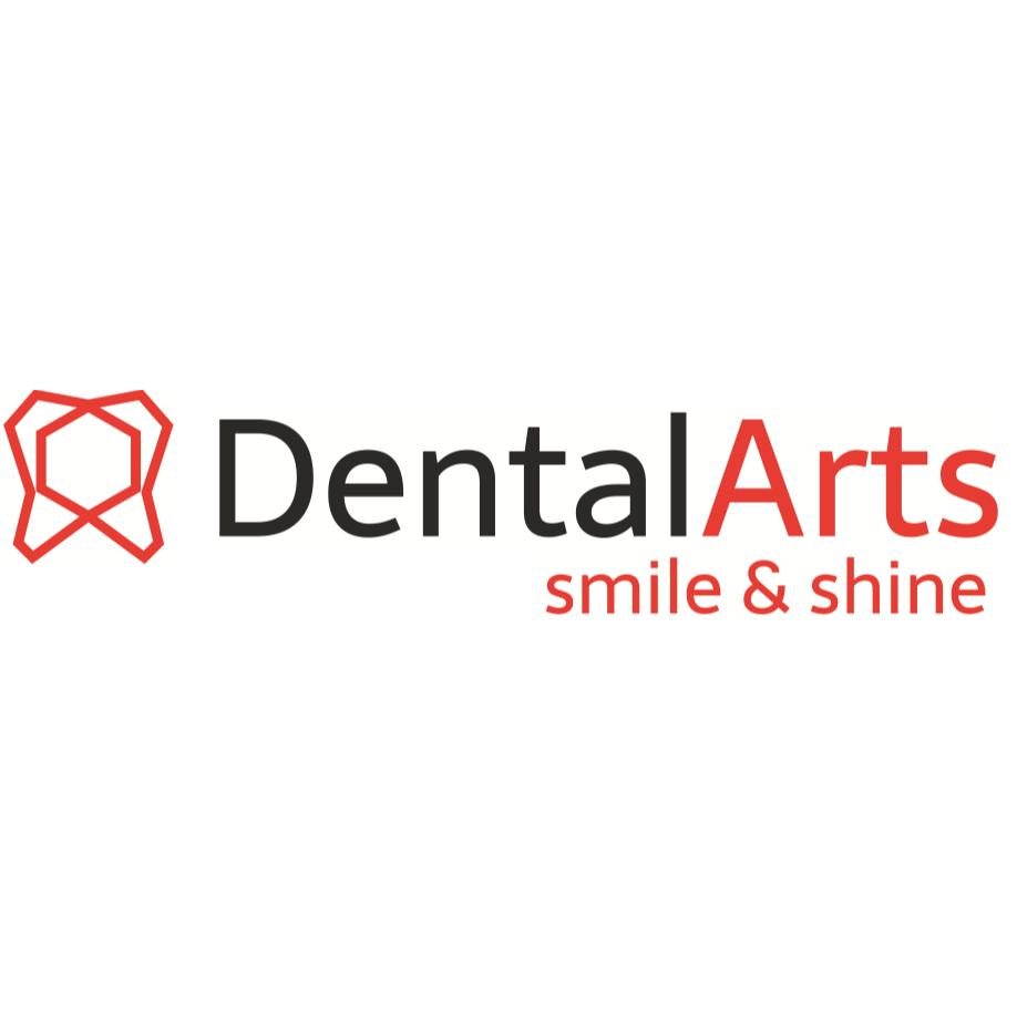 Bild zu DentalArts Julia Fialkovska in Delmenhorst