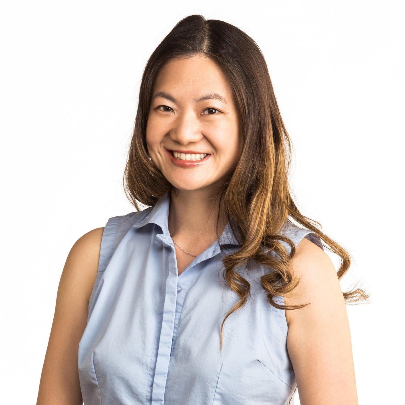 Dr. Anita Lee - Norco, CA - Optometrists