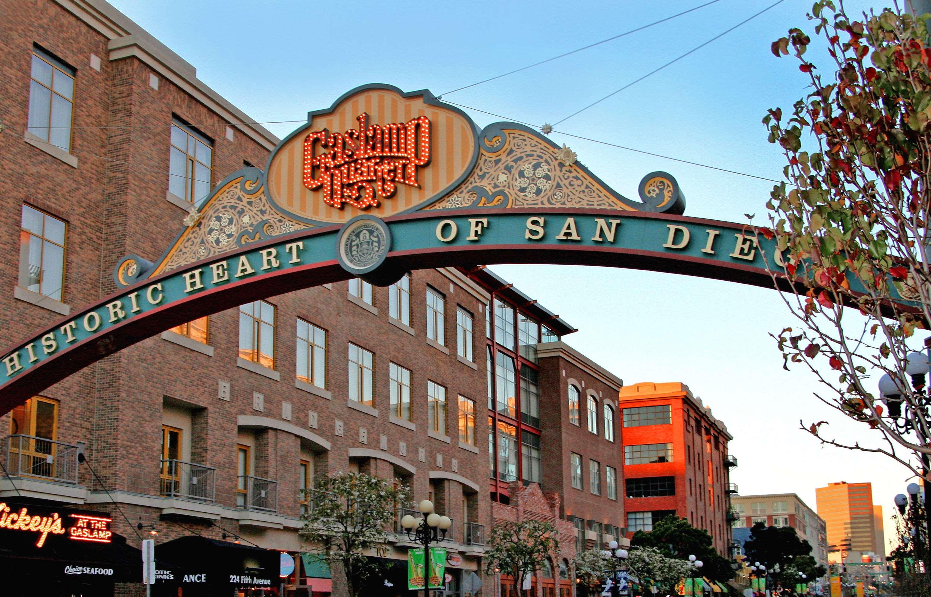 Best Italian Restaurant San Diego Downtown