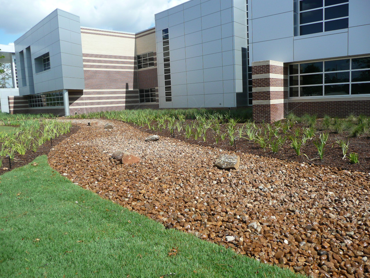 Houston 39 s best landscaping houston tx landscape designers for Landscape design houston