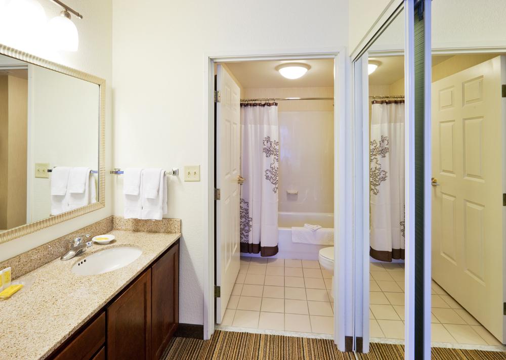 Residence Inn by Marriott Chicago Oak Brook image 6