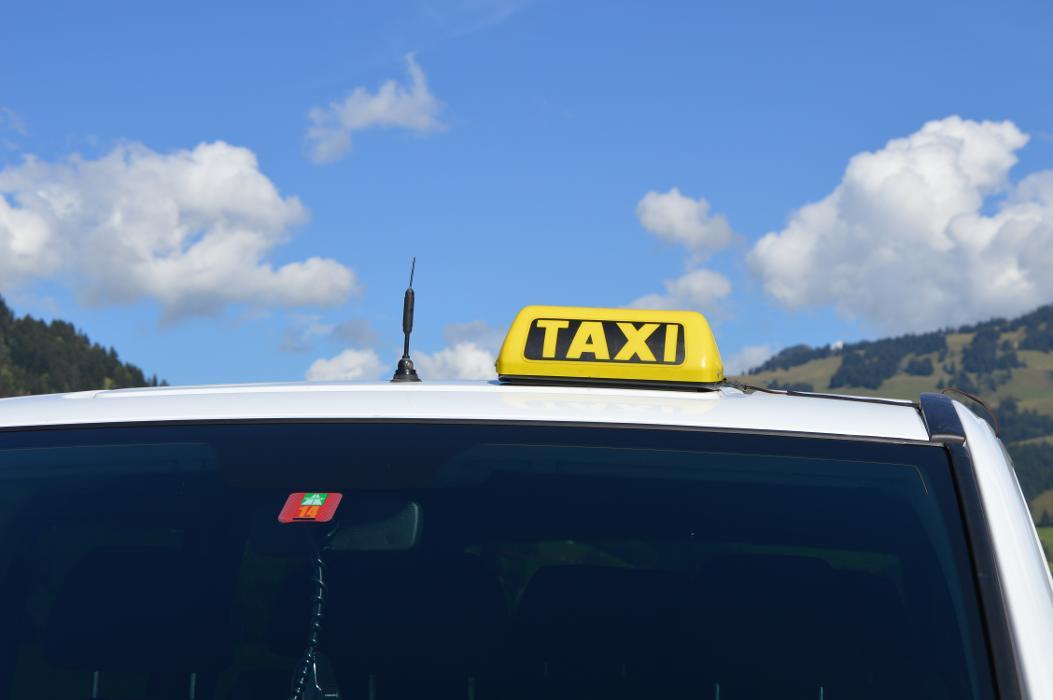 AAA-Aar Taxi Schranz