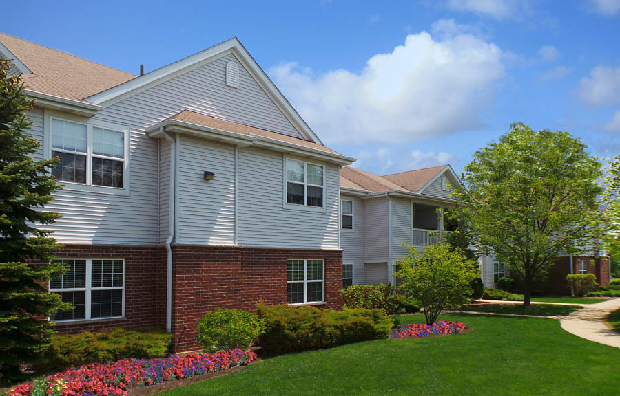 Maple Court Apartments Naperville