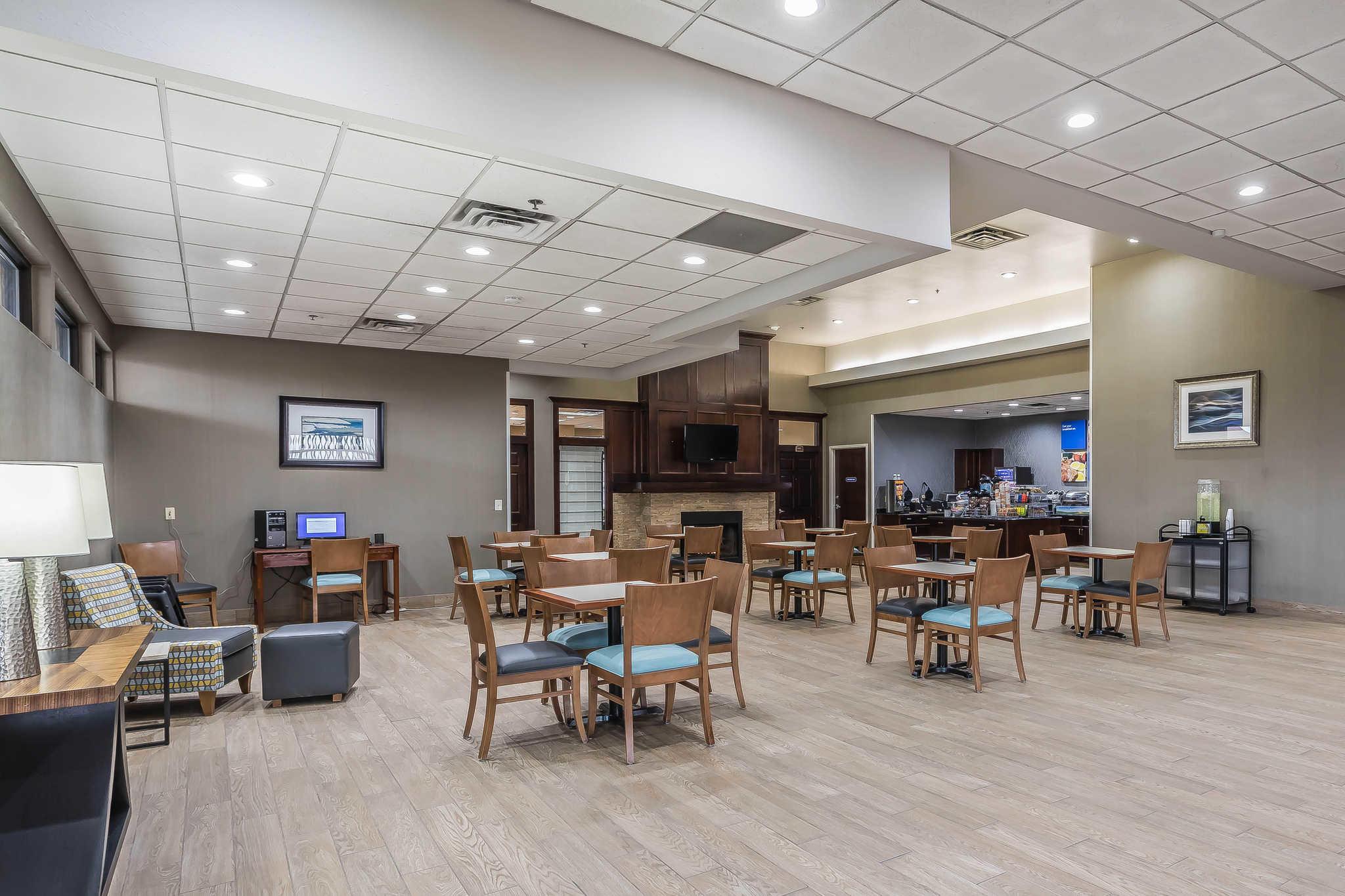 Comfort Inn Omaha Nebraska Ne Localdatabase Com