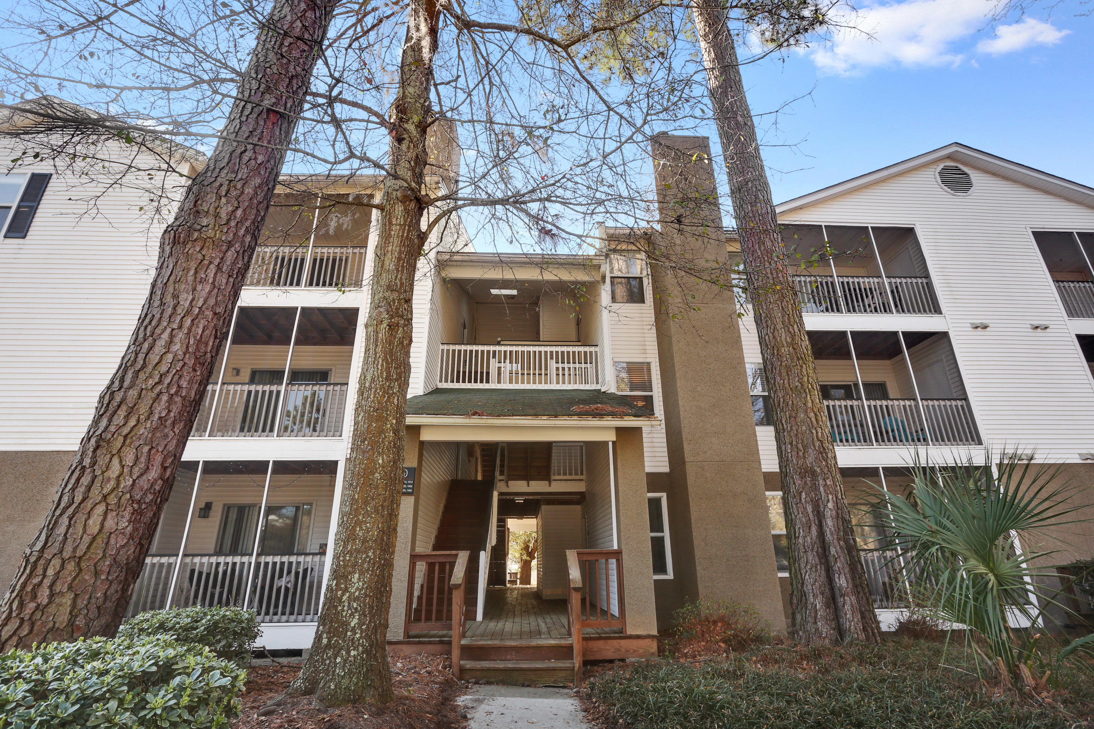 Paces Watch Apartments Reviews