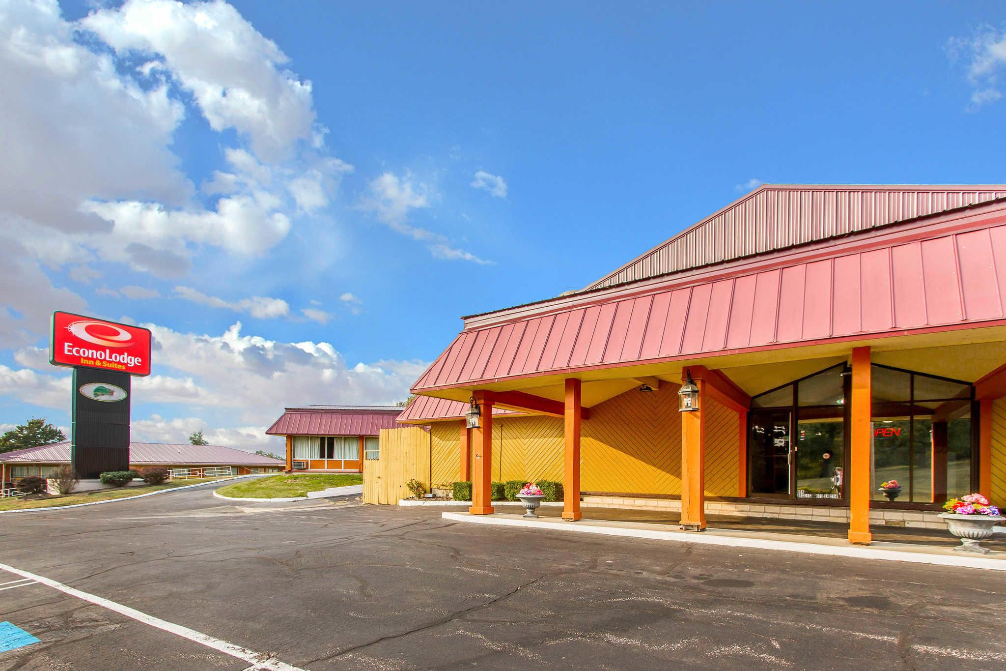 Econo Lodge Inn  U0026 Suites  Gilbertsville Kentucky  Ky