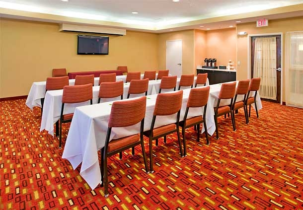 Courtyard by Marriott Houston The Woodlands image 18
