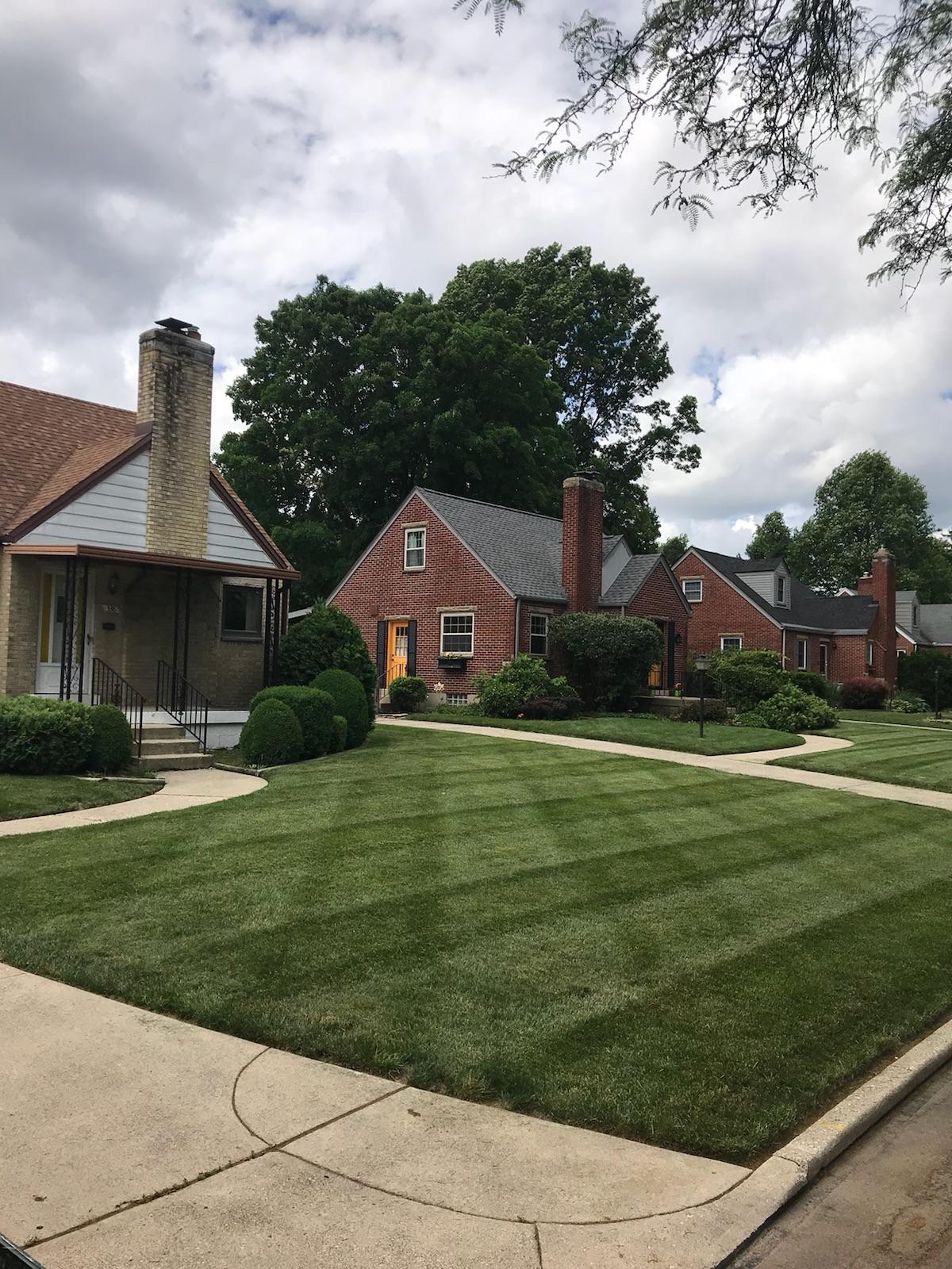 Oakwood Lawn & Landscaping - Kettering, OH