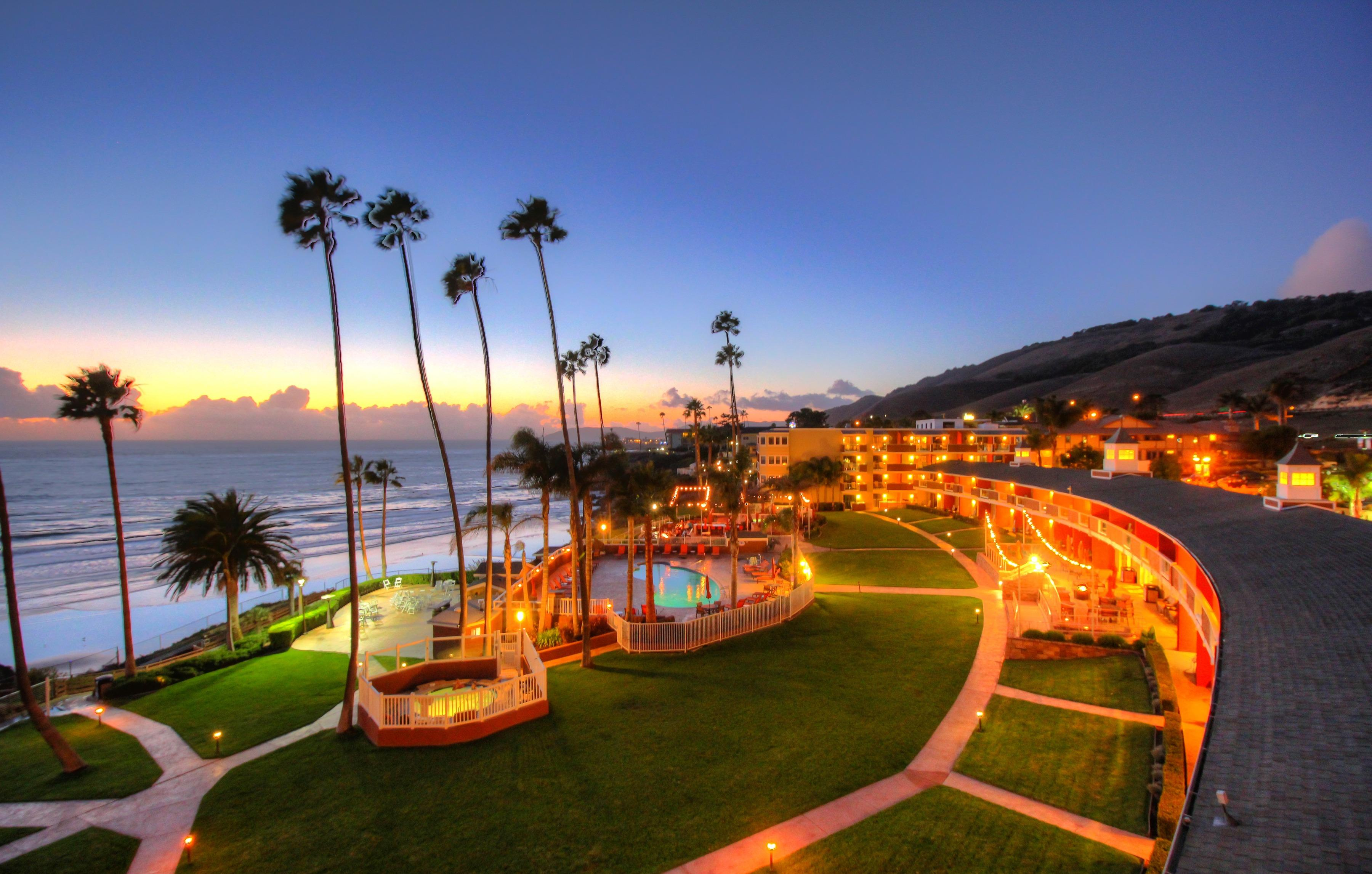 Seacrest Oceanfront Hotel 2241 Price St Pismo Beach Ca Hotels Motels Mapquest