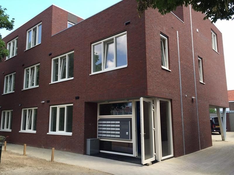 bouw immobilien aannemer tot valkenswaard infobel nederland. Black Bedroom Furniture Sets. Home Design Ideas