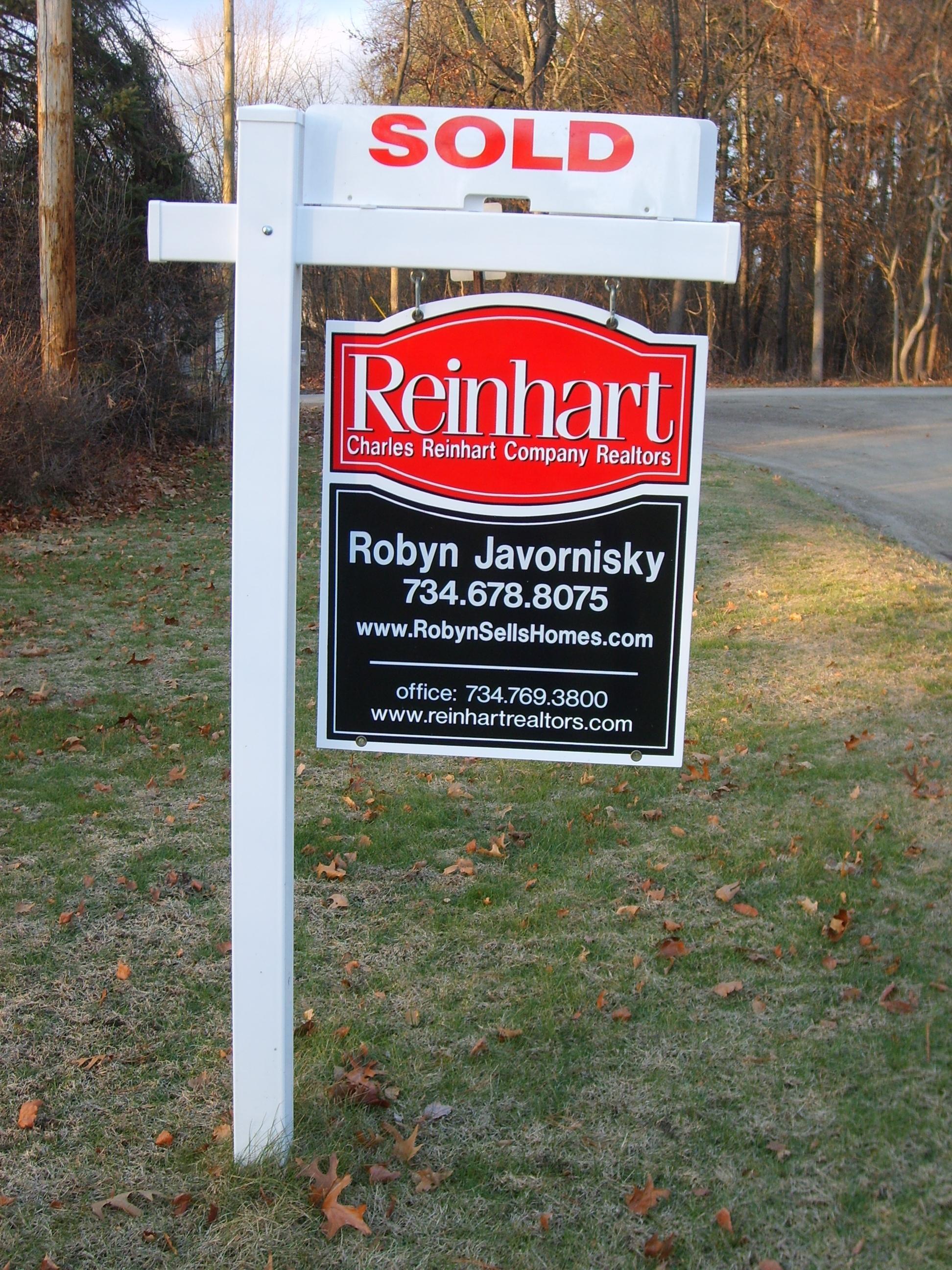 Robyn Javornisky - Charles Reinhart Realtors