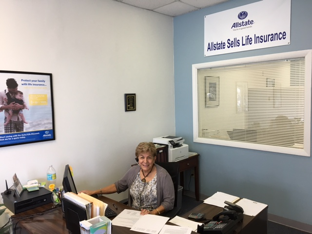 Spanish Car Insurance Agent Tampa