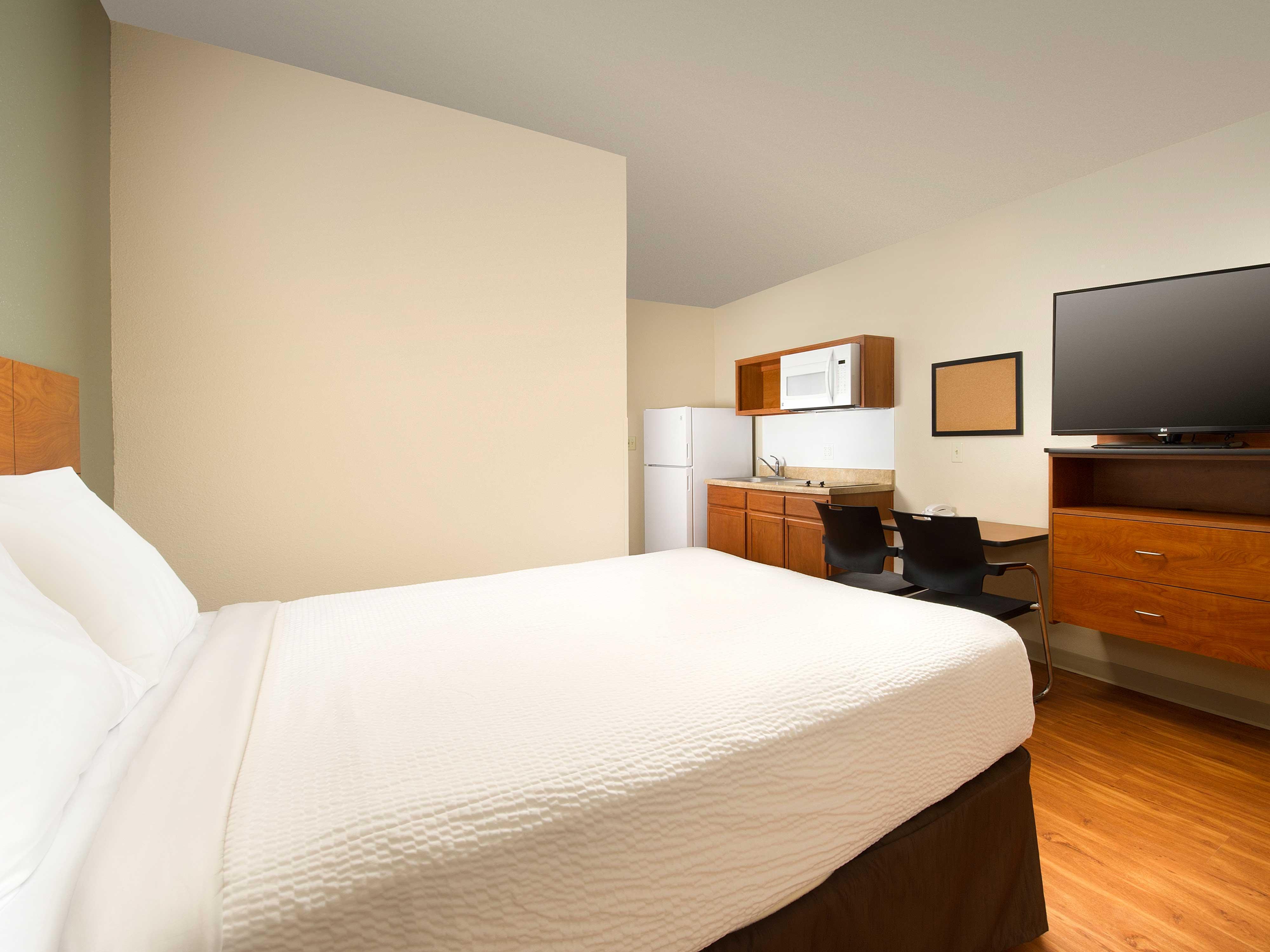 WoodSpring Suites Lake Worth