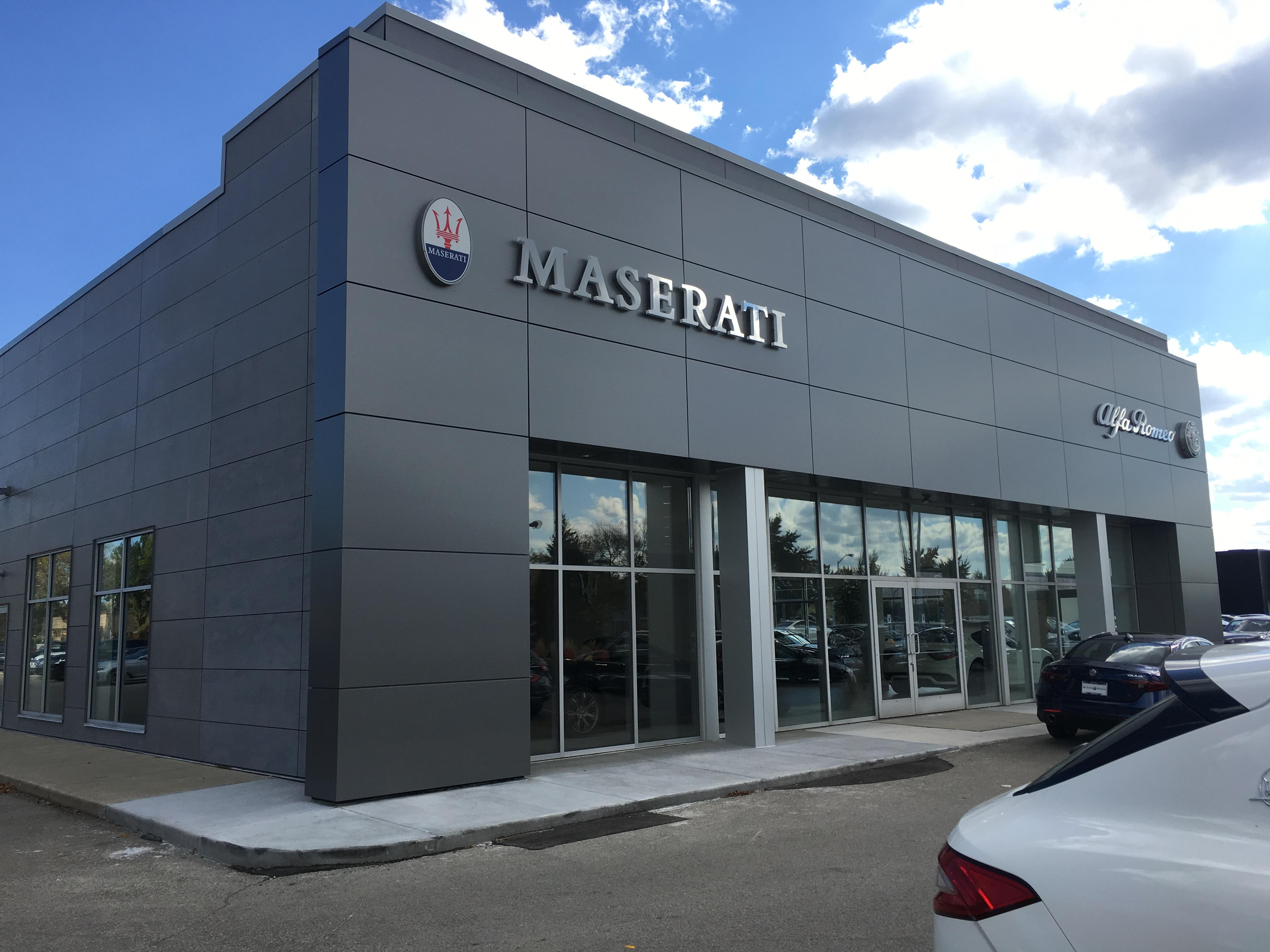 Maserati of milwaukee milwaukee wisconsin wi for International mercedes benz milwaukee