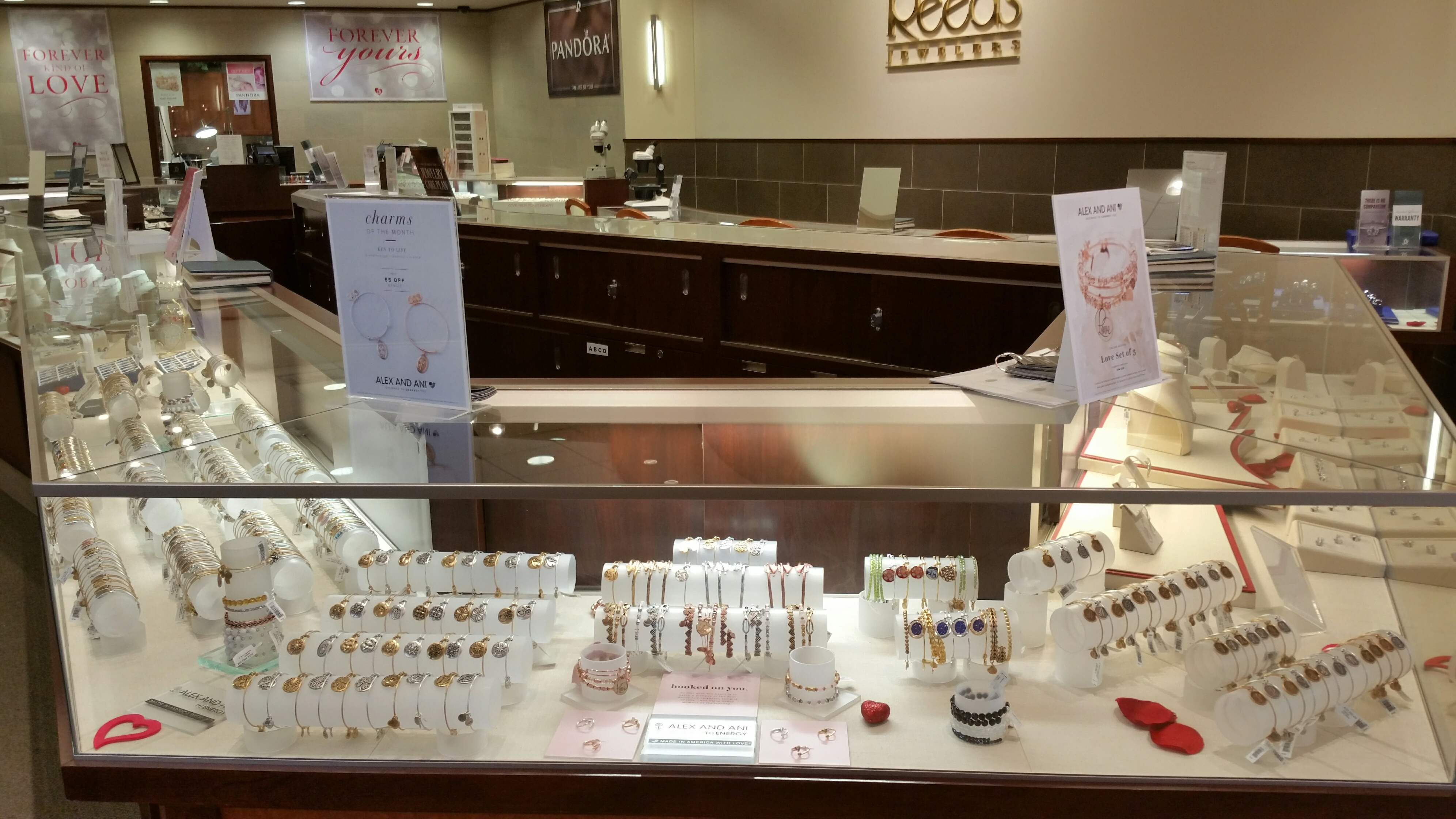 Jared The Galleria Of Jewelry Hours Operation Beautyful Jewelry