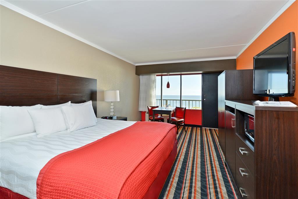 Best western plus sandcastle beachfront hotel in virginia for Best western virginia beach