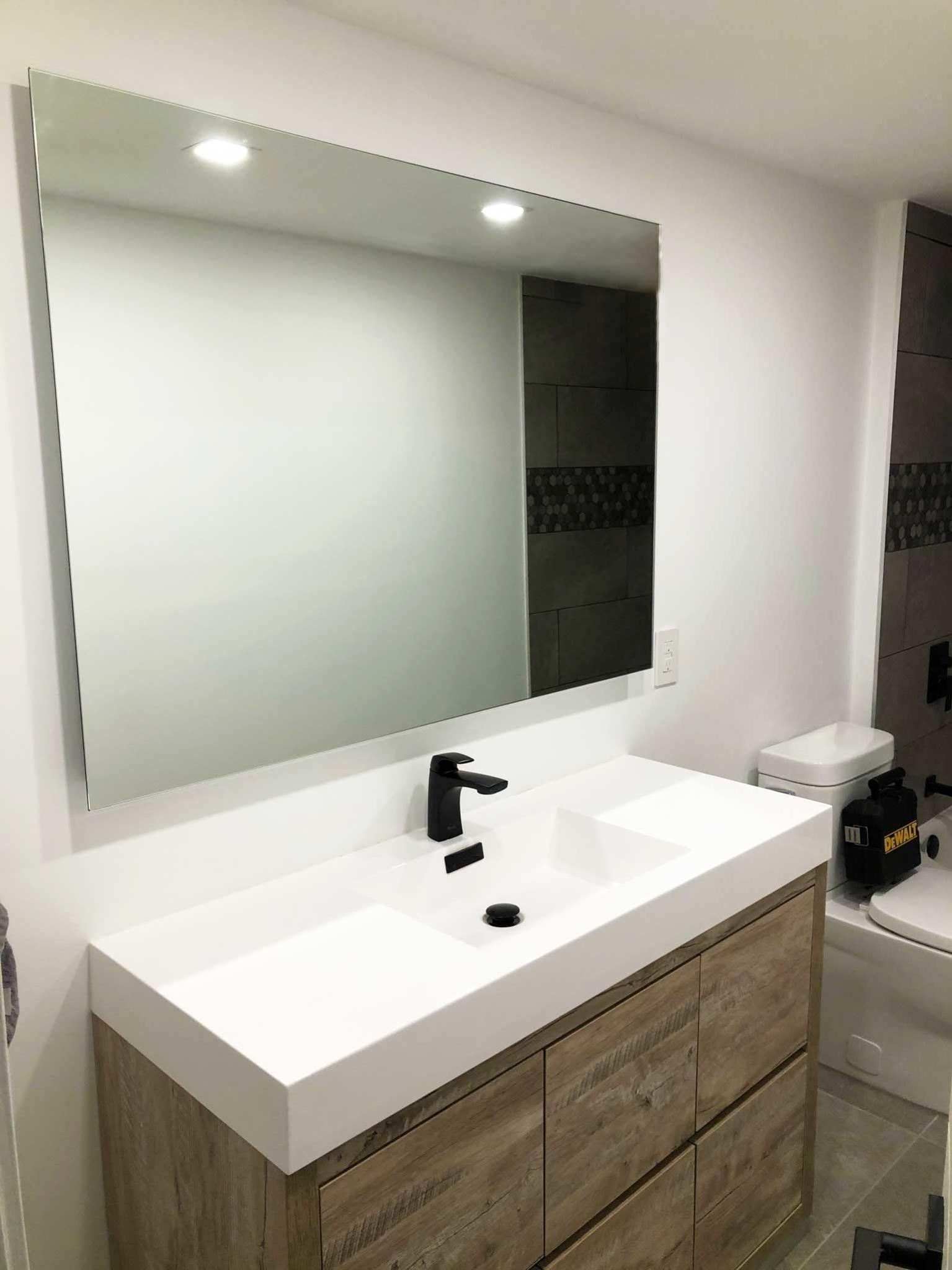 Vitrerie des Experts / Glass Experts à Montréal: Custom mirror sizes