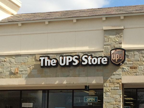 The Ups Store Main Street Village Shipping Packing Printing And