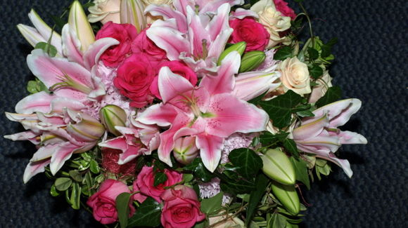 Väisäsen Kukkakauppa ja Hautaustoimisto