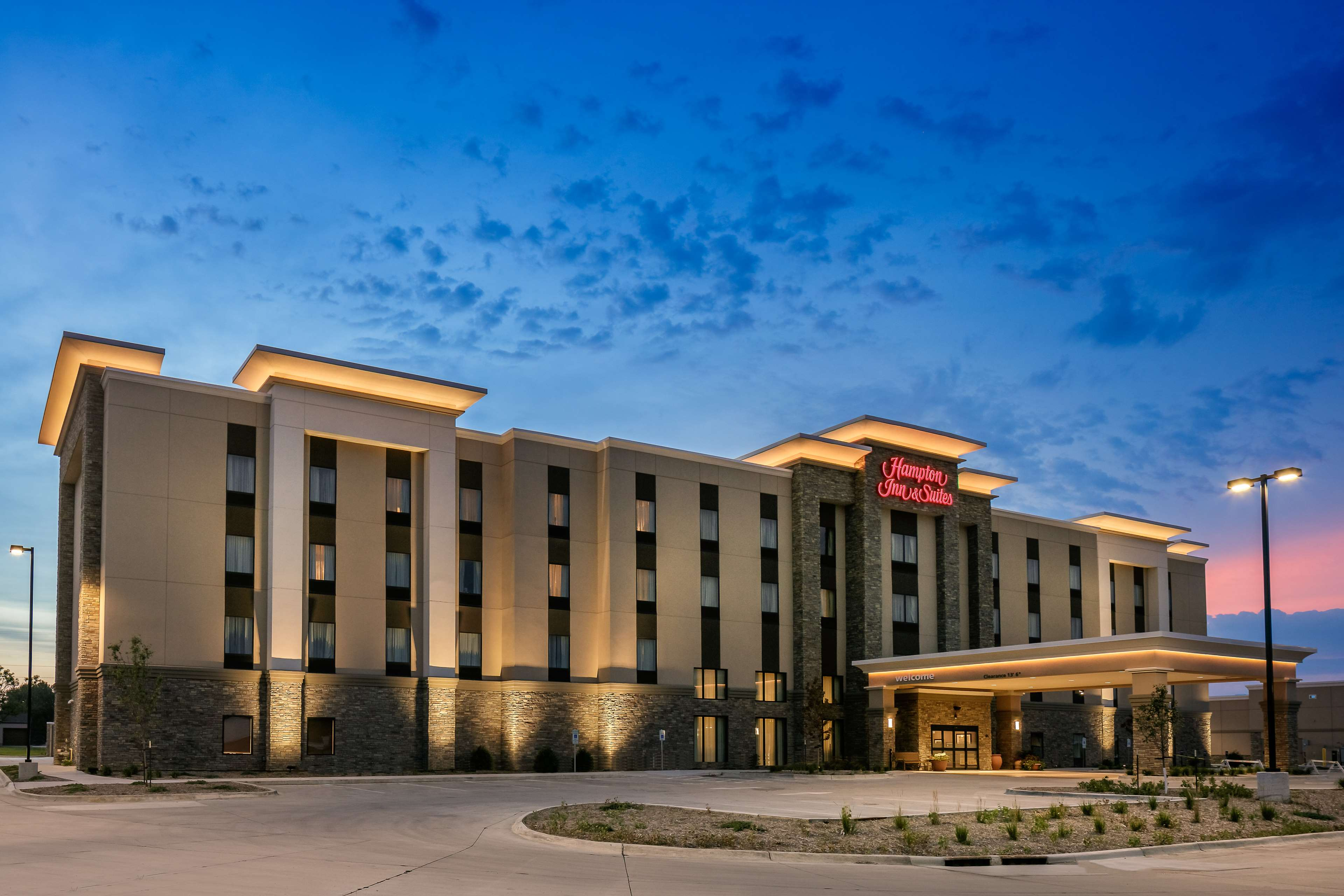 Hampton Inn & Suites Mason City, Mason City Iowa (IA ...