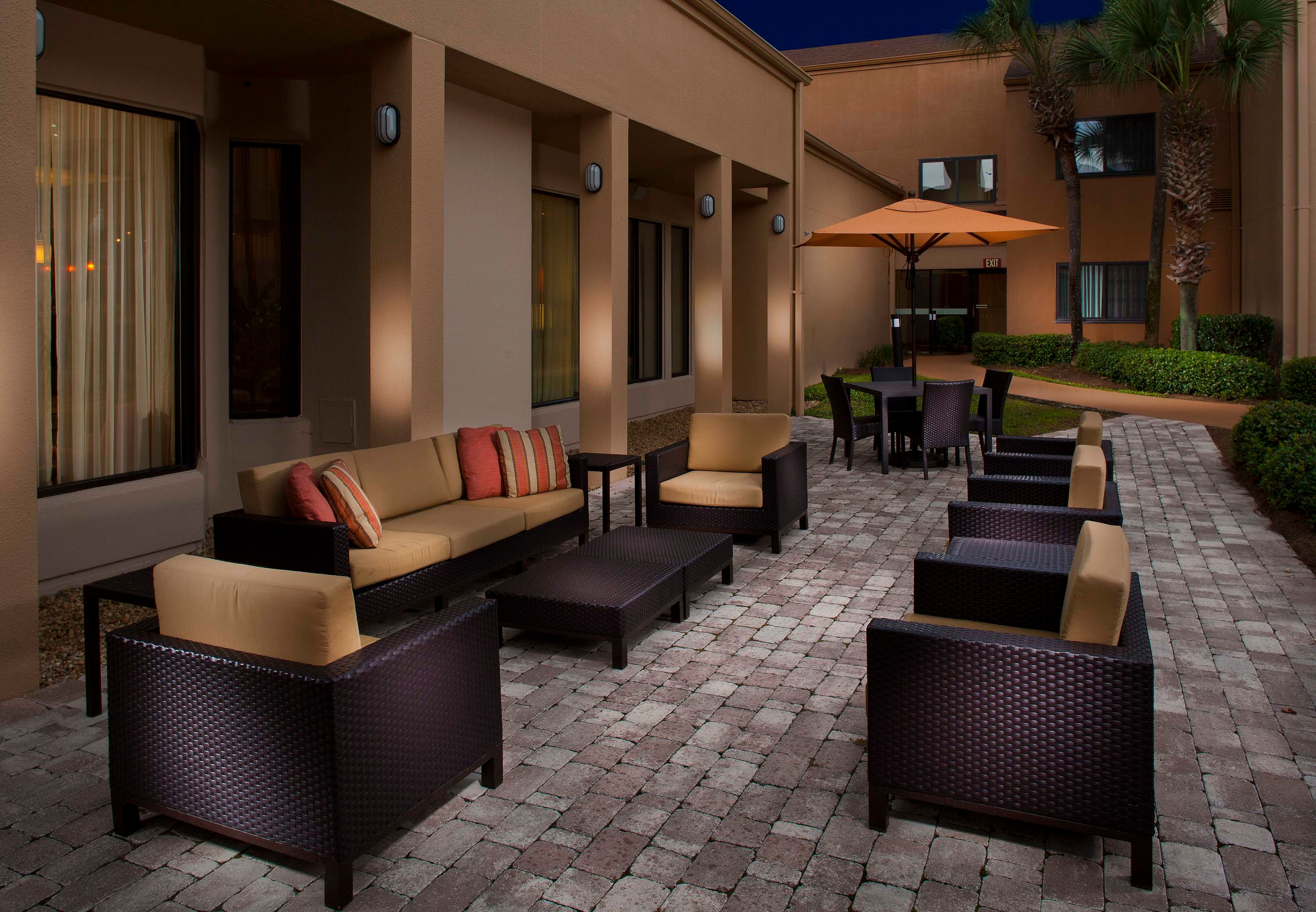 Hotel Courtyard by Marriott Tallahassee, FL - Booking.com