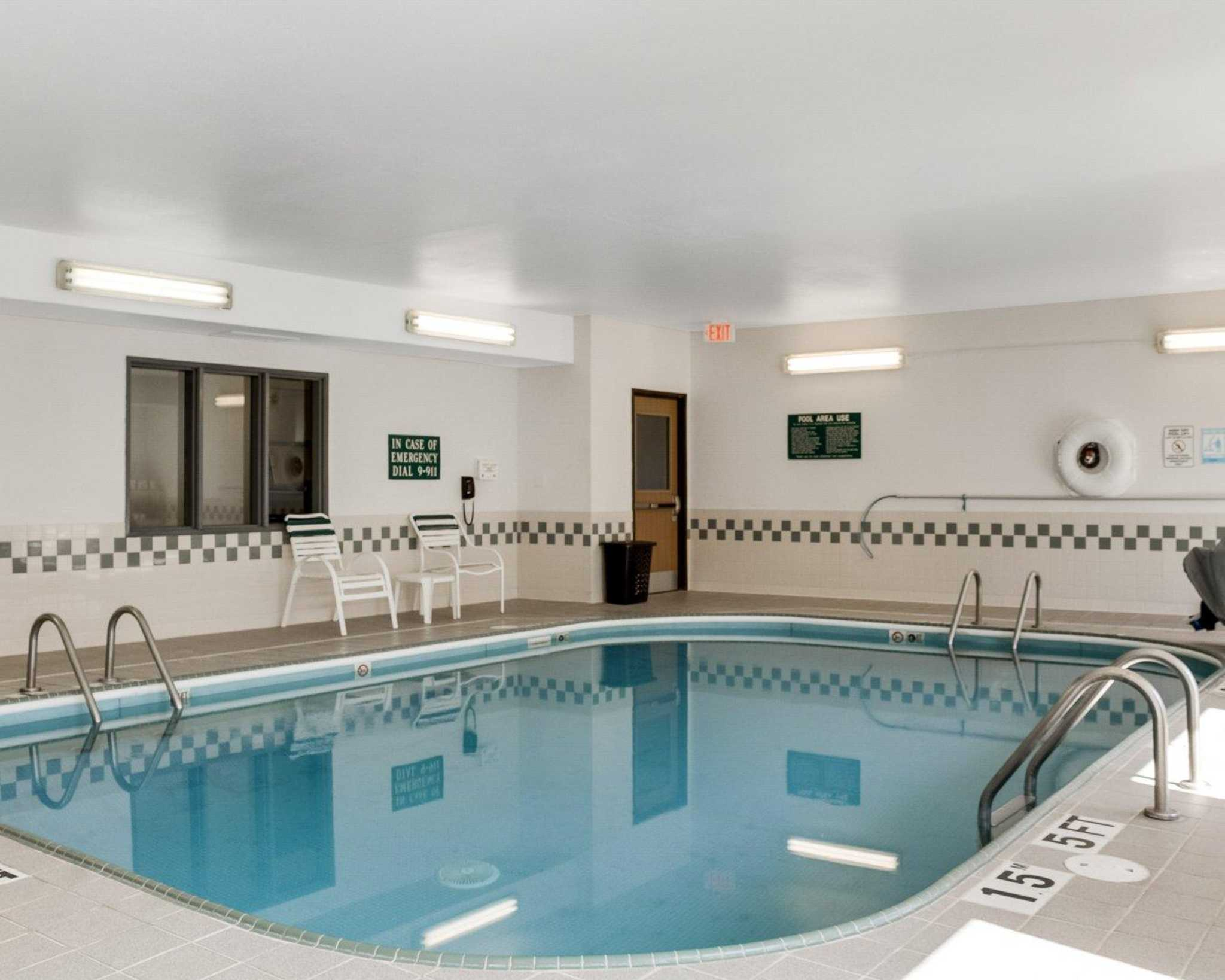 Hotels Near Frontier City With Indoor Pool