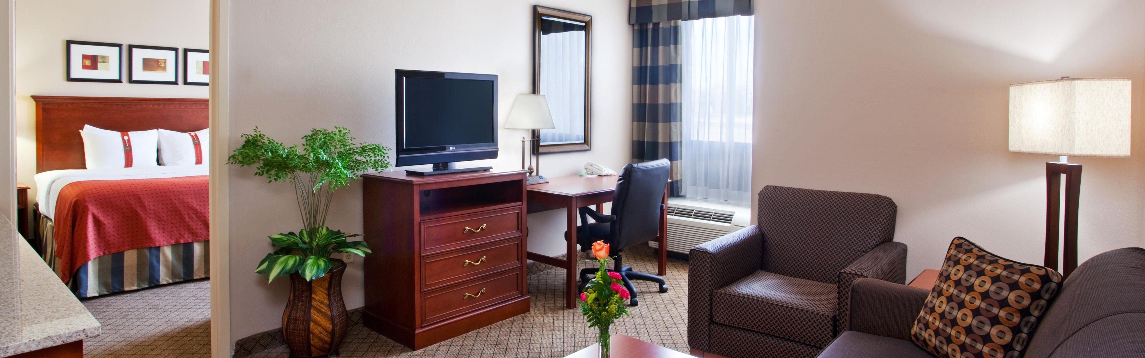 Holiday Inn Amp Suites Cincinnati Eastgate I 275e