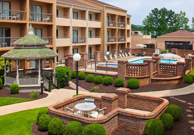 Courtyard By Marriott Huntsville University Drive Huntsville Alabama Al
