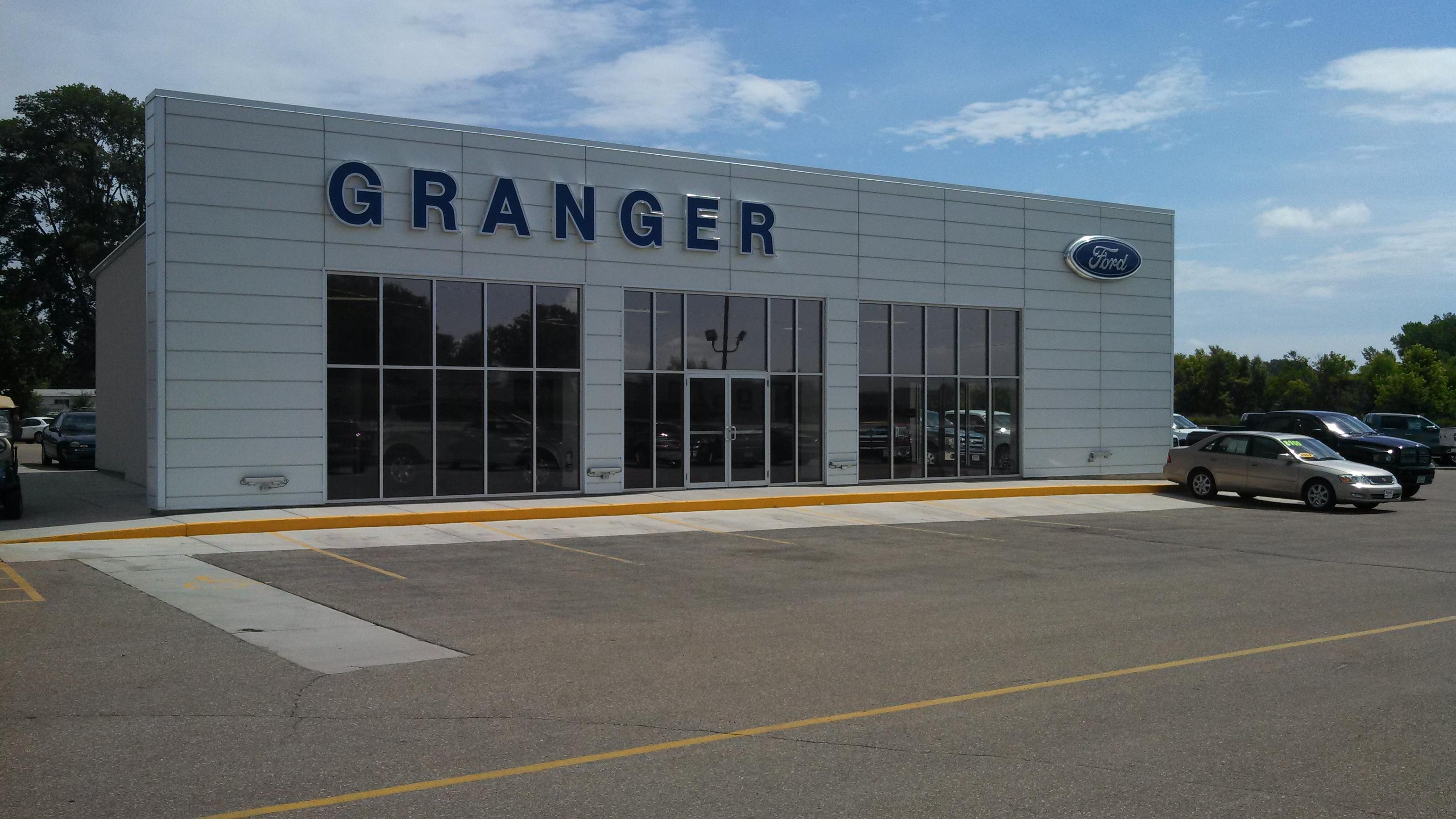 Granger motors in granger ia 50109 for Granger motors granger iowa