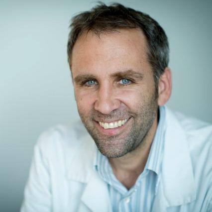 PD Dr med. Alexandre Lädermann