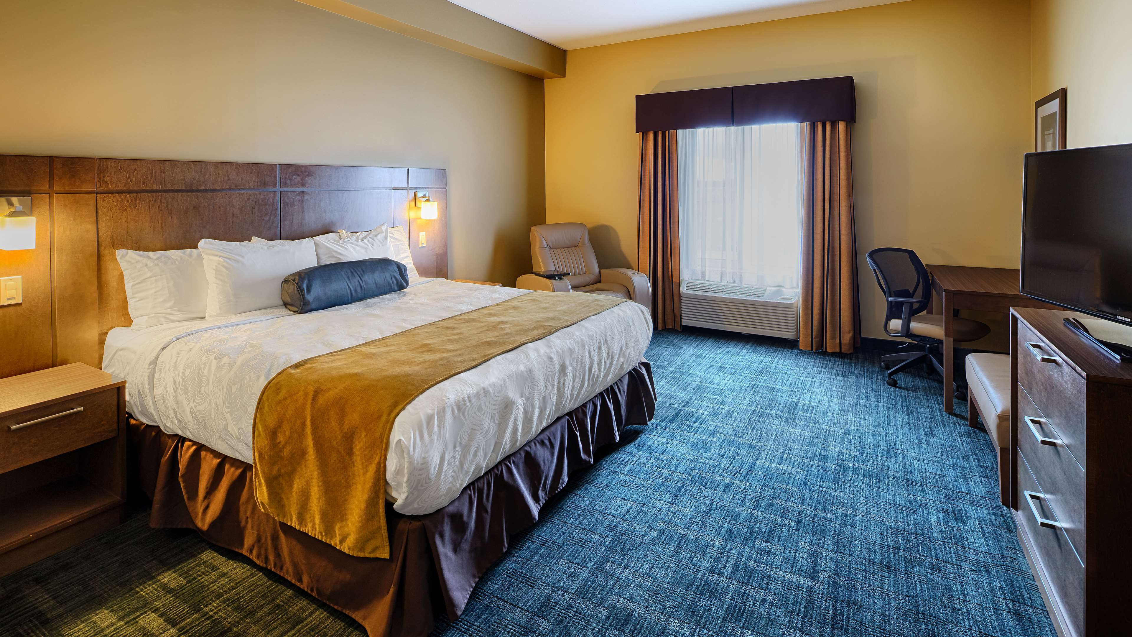 King Room Best Western Plus Winnipeg West Headingley (204)594-2200