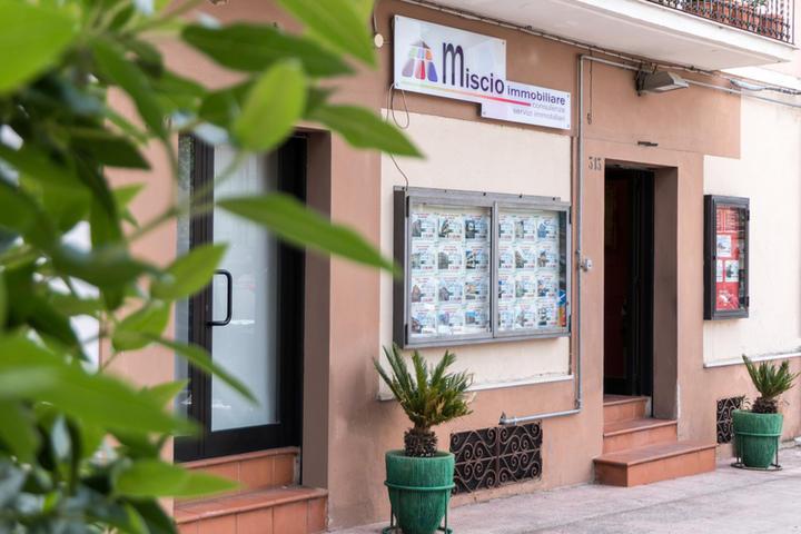 Agenzie immobiliari a san giovanni rotondo infobel italia - Agenzie immobiliari a foggia ...