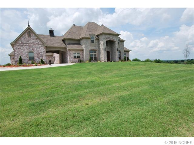 Sharon Leach Realty Coldwell Banker Select Owasso