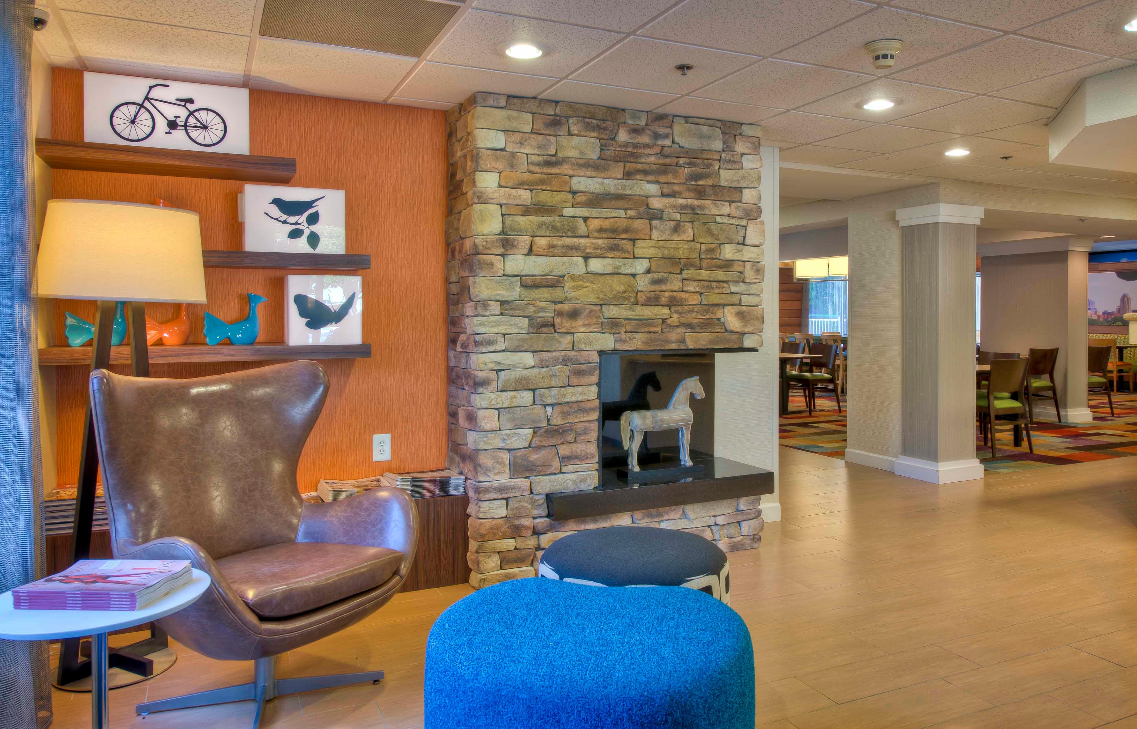 Fairfield Inn & Suites by Marriott Raleigh Crabtree Valley image 4