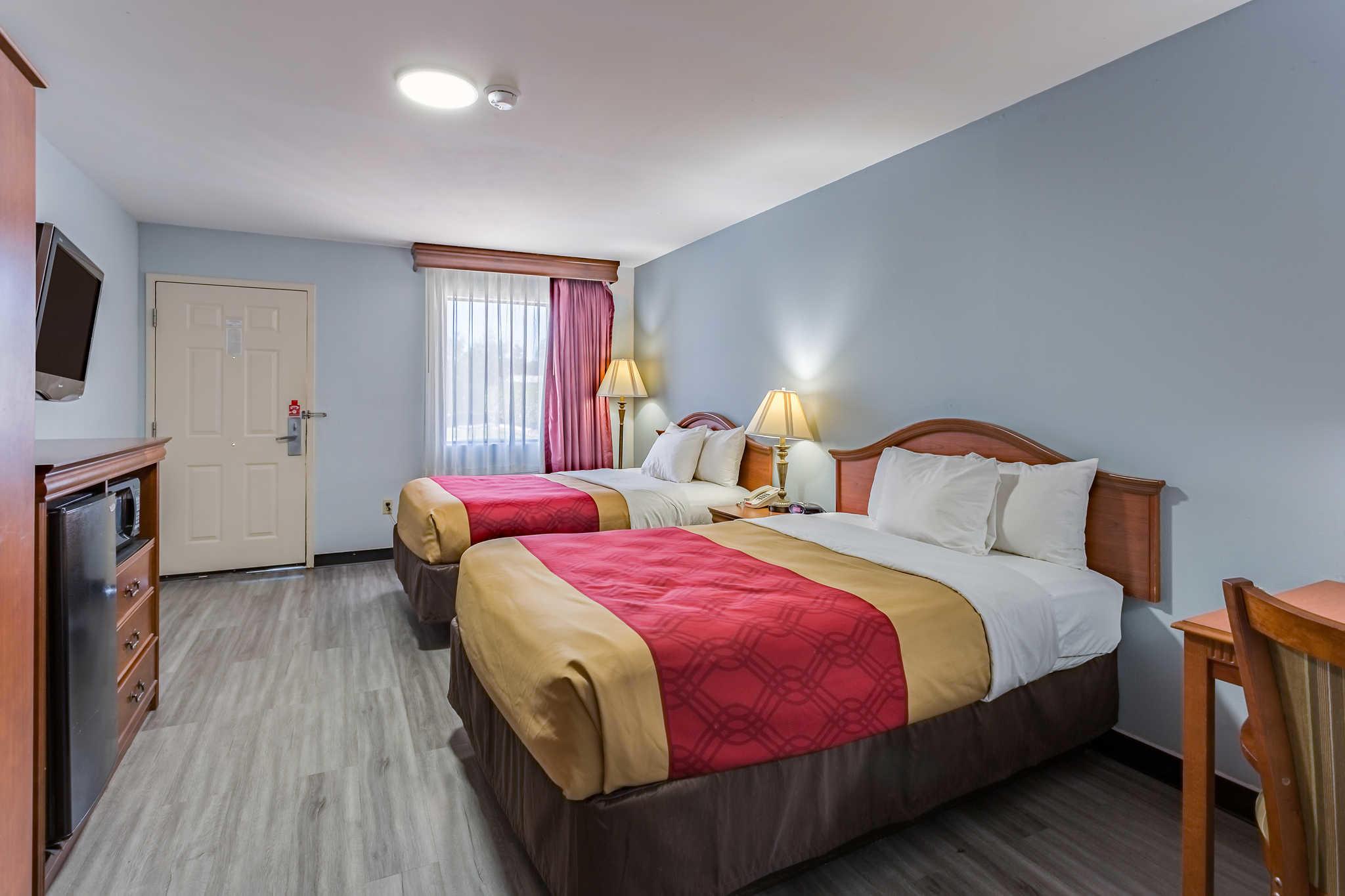 Hotels Near Blue Mountain Ms
