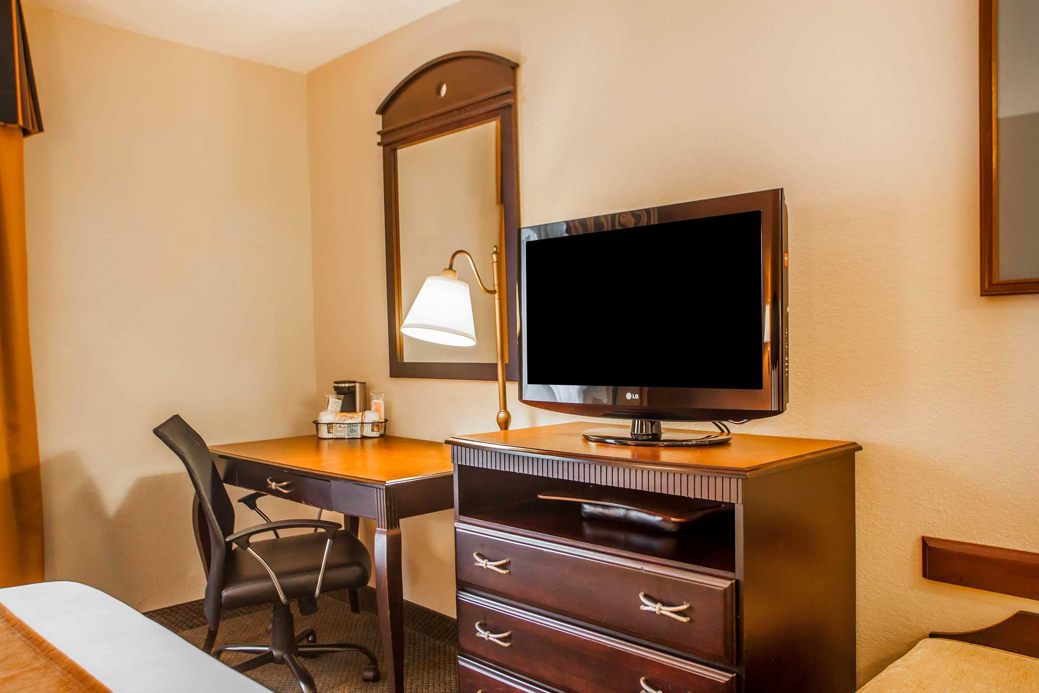 Fairfield Inn And Suites Newark Nj Conference Rooms