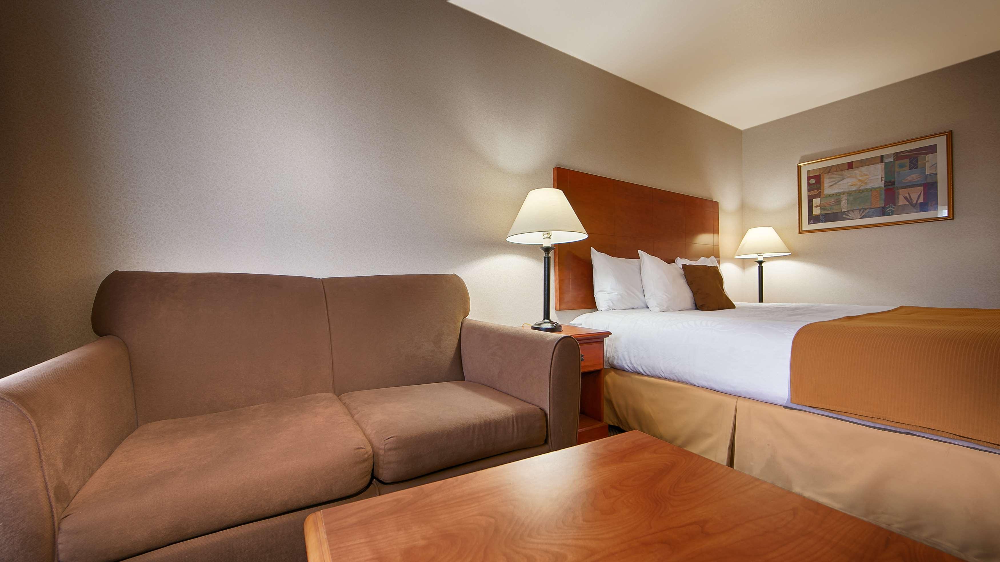 Comfort Inn Redding Ca Reviews.Comfort Suites Redding Shasta Lake ...