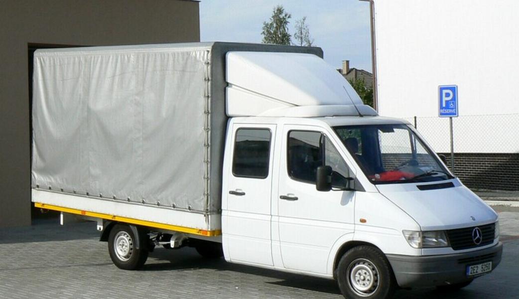 Stěhování Josef Spálenský - provozovna Hradec Králové