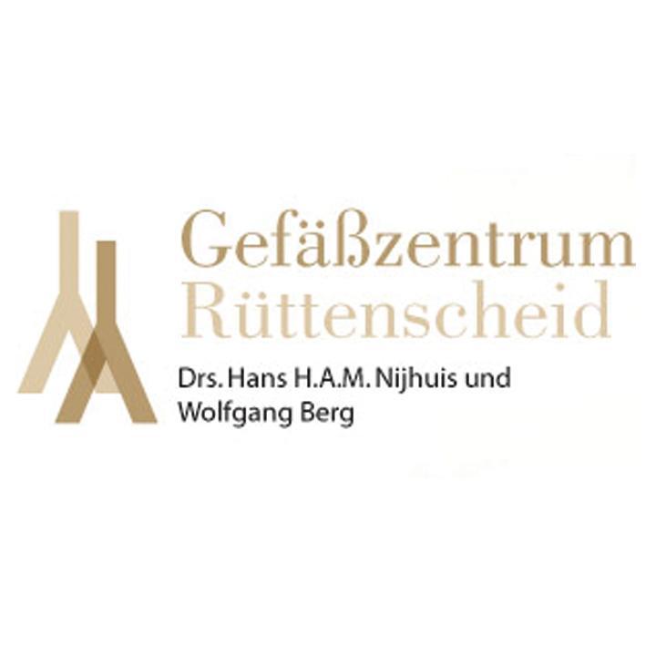 Drs. Hans H.A.M. Nijhuis + Wolfgang Berg
