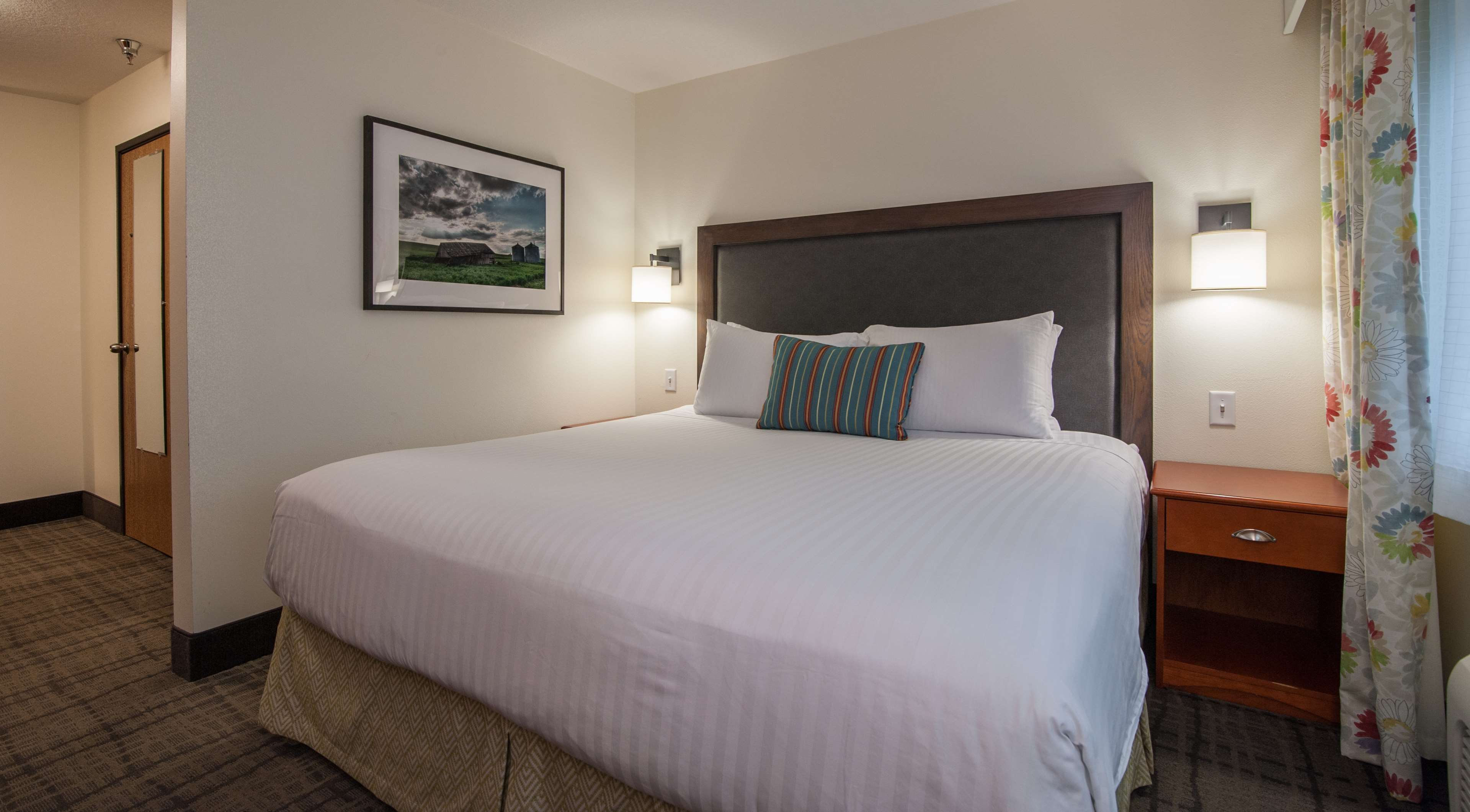 Best Western Plus University Park Inn Amp Suites Ames Iowa