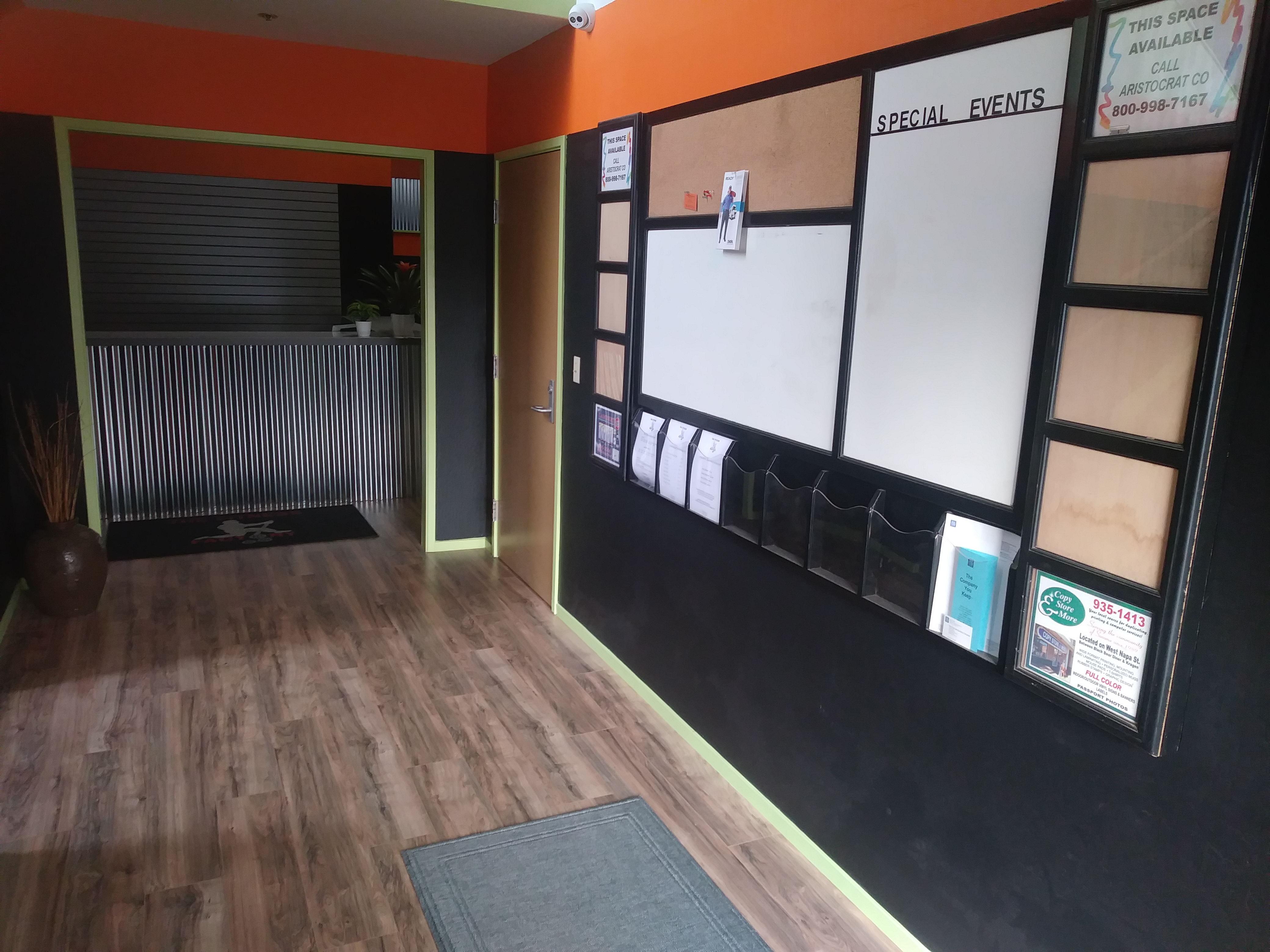 Looking for an honest gym at an affordable price? The Fitness Factory is for you! Our prices are competitive and we have everything you need to get the body you're looking for. Call The Fitness Factory or stop by our Sonoma location today!